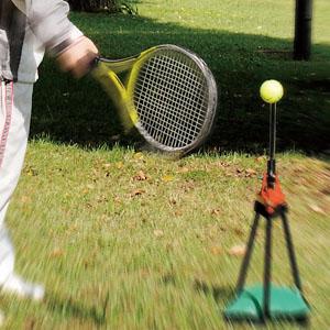 一人で上達 テニス練習機「ピコチーノ」画像