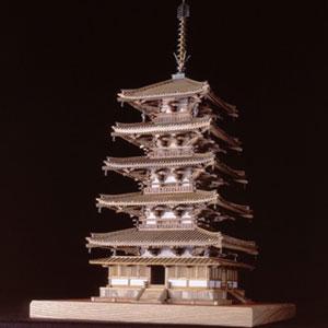 銘木製建築模型1/70法隆寺五重塔画像