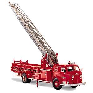 1954年型アメリカンラフランス消防車画像