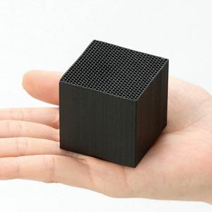 ハニカム竹炭 チクノキューブ4個組画像