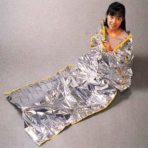 防水・耐熱・体温保持寝袋「コクーン」画像