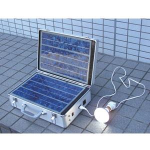 燃料代0円ソーラー式ポータブル発電器画像